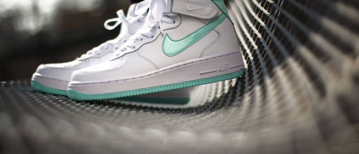 online retailer d4fef 87f90 FOR THE LADIES: Nike Air Force 1 Mid