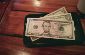 New York Raises Minimum Wage for Tipped Workers
