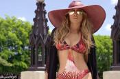 Jennifer Lopez, Dayyyyyuuuummmm in Music Video