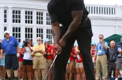 NBA Legend Shaquille O'neal Golfing is well.....