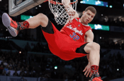 Breaking News - Clippers All Star Blake Griffin out indefinitely!